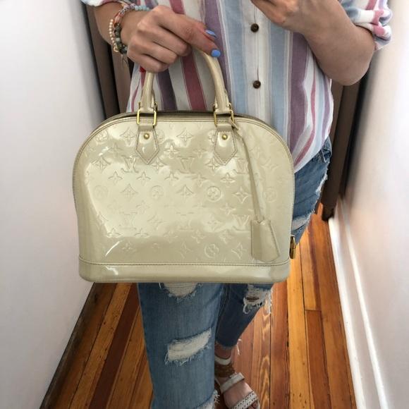 Louis Vuitton Handbags - Louis Vuitton Alma Purse